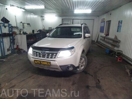 Subaru Forester 2.5л 2011г