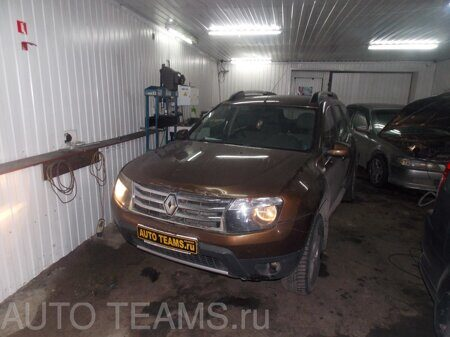 Renault DUSTER 1.6л 2012г