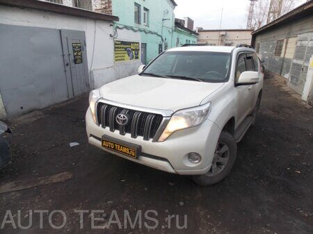 Toyota Land Cruiser Prado 2.7л