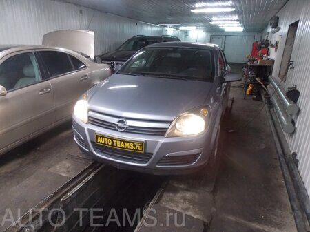 Opel Astra H 1.6 2004г